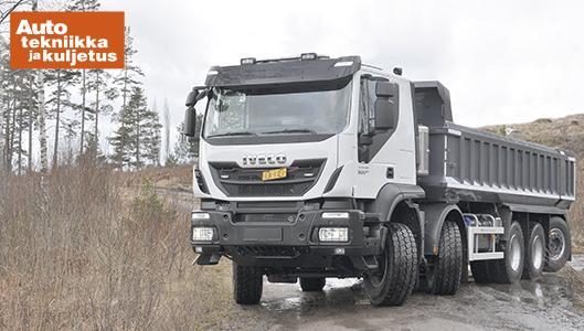 Iveco Trakker 8x4 maansiirtoauto