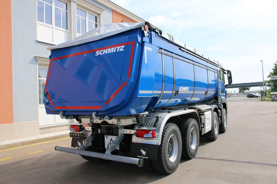 Schmitz Cargobull M.KI, eristetty asfalttilava