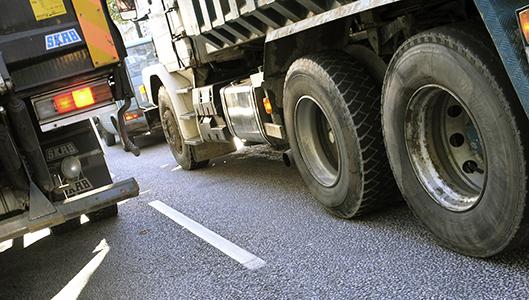 Kuorma-autojen ylikuormat lisääntyvät Ruotsissa